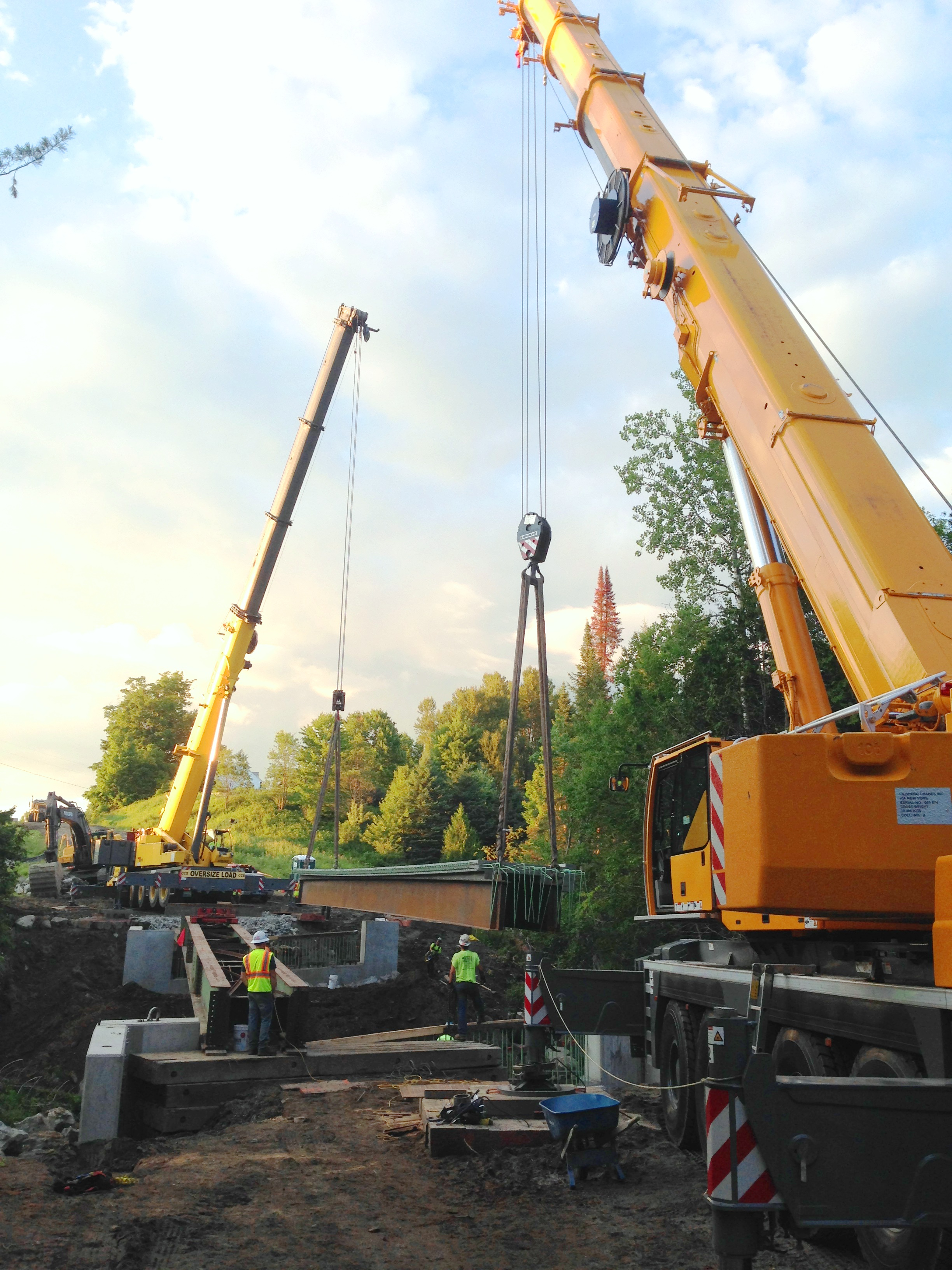 Two Cranes Set 110,000 lb. 84' Next Beam in Craftsbury, VT