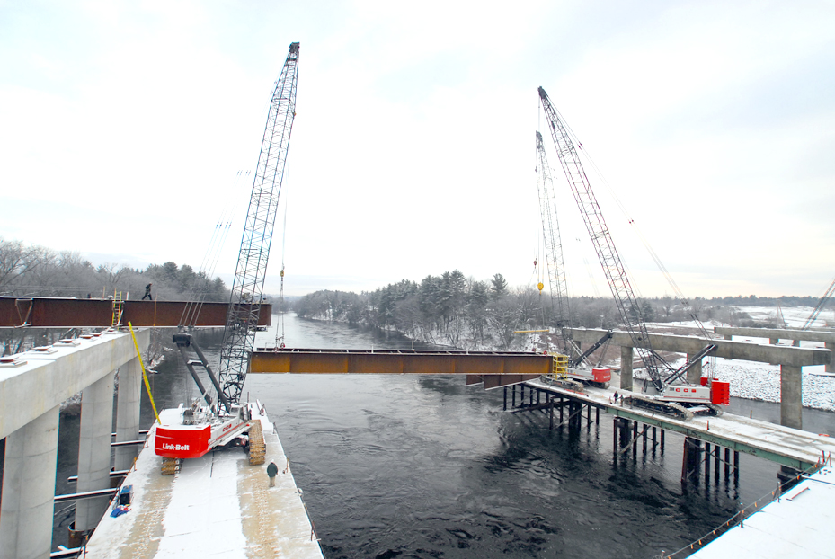 Tridem Lift of Double Girders - Bedford, NH