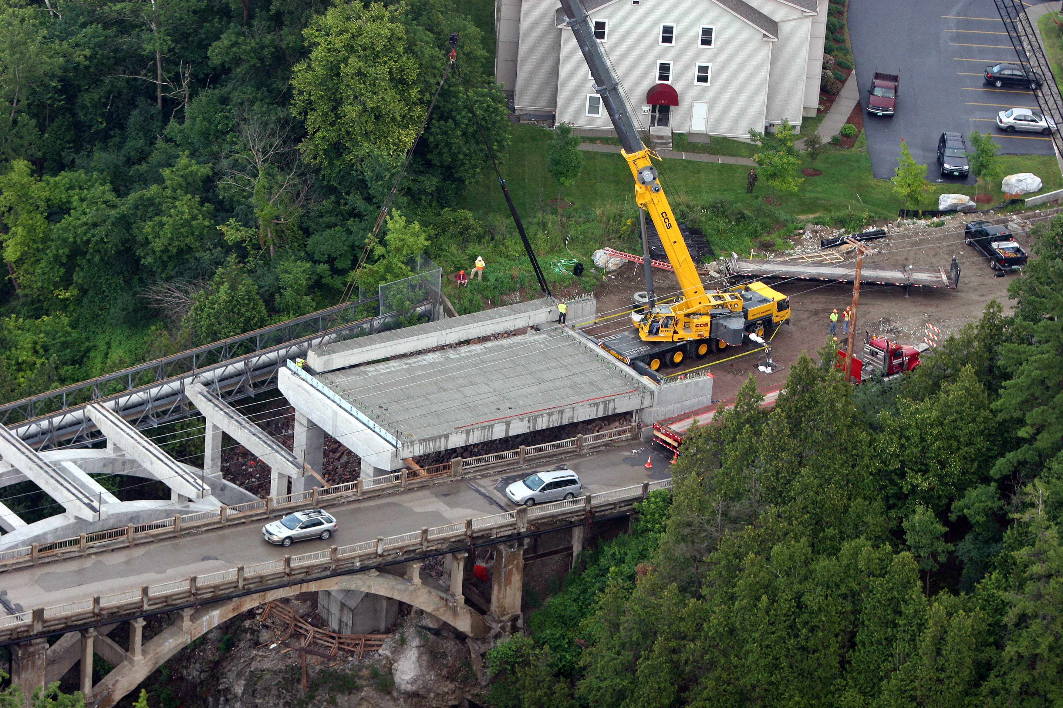 Setting Box Girders at Lime Kiln Bridge