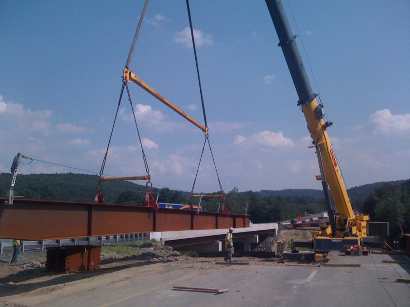 Setting a girder for I-91Bridge-Guilford, VT